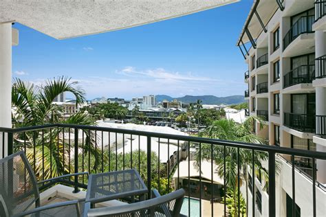 1 bedroom apartment cairns cairns accommodation mantra esplanade cairns resort