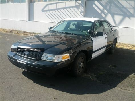 electric and cars manual 2004 ford crown victoria user handbook ford 2004 crown victoria owners manual pdf download autos post