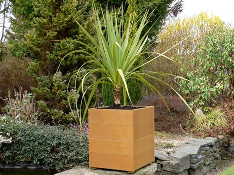 Garden Planters Sale by Gardening Planter Outdoor Planter For Sale Now Trade