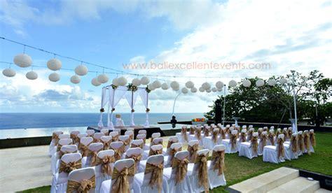 Home At The Beach Decor cliff front wedding uluwatu bali