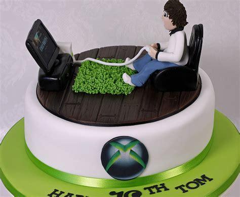 xbox themed birthday cake 7490252594 4fd2a3dee1 z jpg