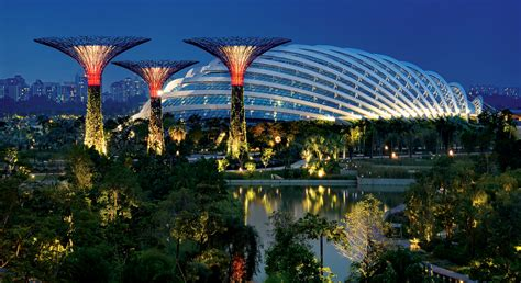 garden garffiti part 3 gardens by the bay singapore