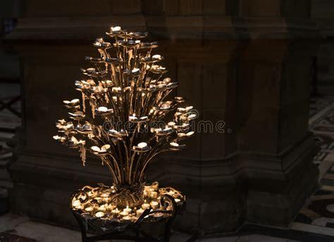 immagini candele accese candele accese in di santa fiore duomo