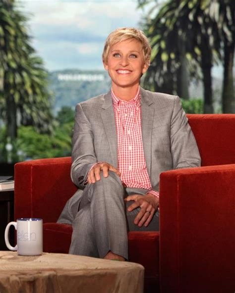 ellen degeneres laughing 7 female comedians that keep us laughing funny