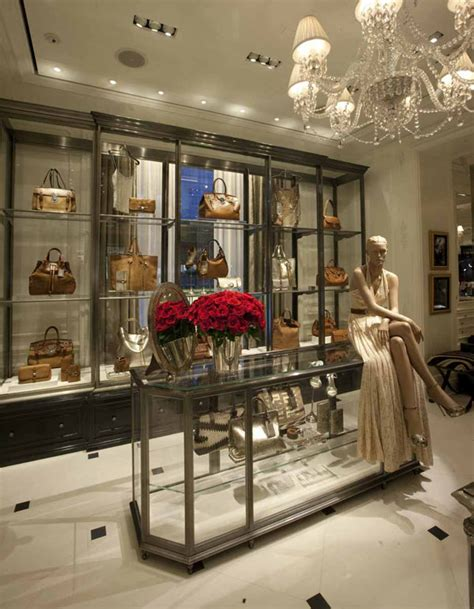 ralph opens asian jewelry gallery in