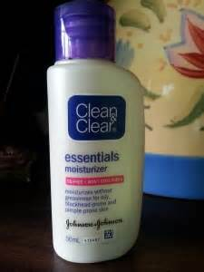 Harga Clean And Clear Essentials Moisturizer clean clear essentials moisturizer review