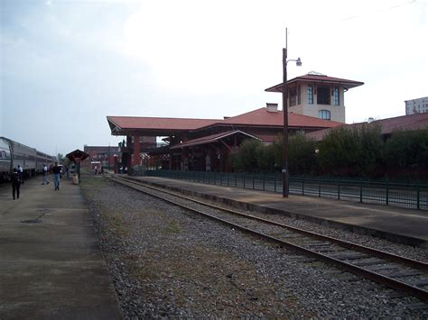 the crescent meridian union station southbound