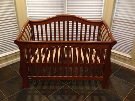 Pali Convertible Crib For Sale Pali Convertible Crib
