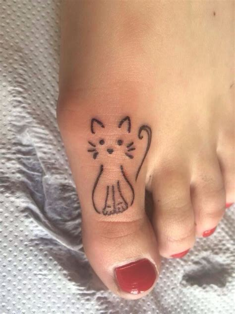 small feminine tattoo ideas small cat tattooviral
