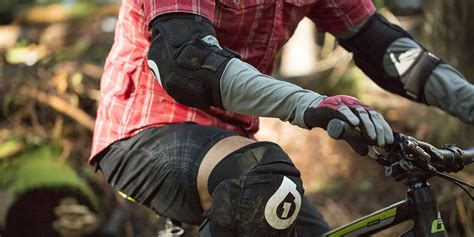 what shoes to wear mountain biking discount mountain made outdoor gloves for