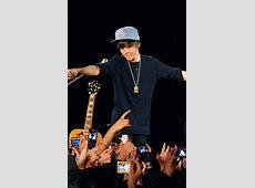 Justin Bieber Performance at the Eiffel Tower, Paris ... France News 24 Live