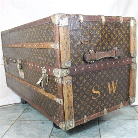 1920s sybil whigham estate louis vuitton steamer wardrobe
