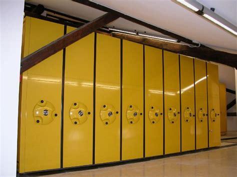 armadi compattabili armadi compattabili per grandi archivi armadi scorrevoli