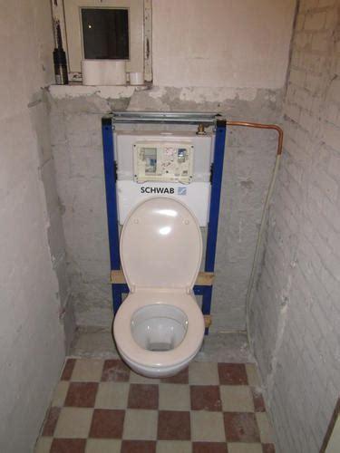 inbouw wc inbouwen inbouw toilet voorwand plaatsen werkspot