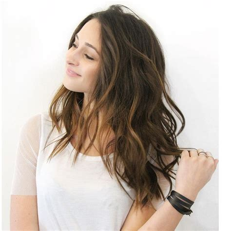 swag hair cuts medium lenght best 25 wavy layers ideas on pinterest wavy layered