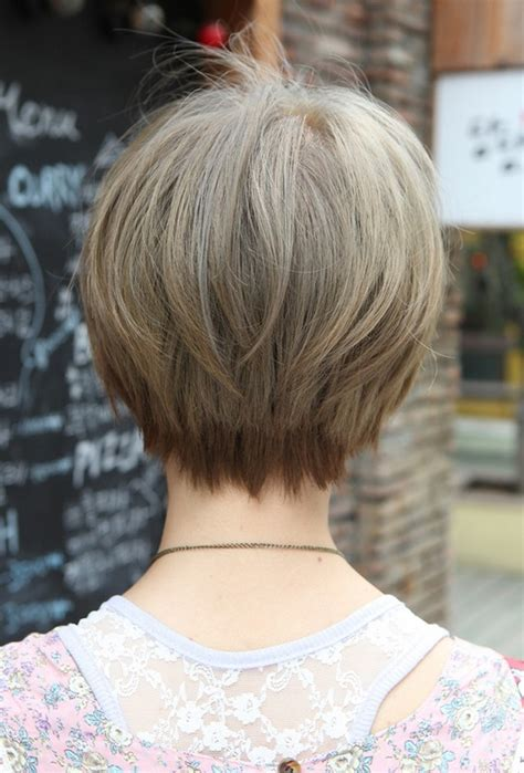 front and back views of chopped hair back view of cute short japanese haircut back view of bowl
