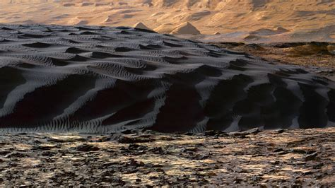 black sand dune found on mars jurassic sands