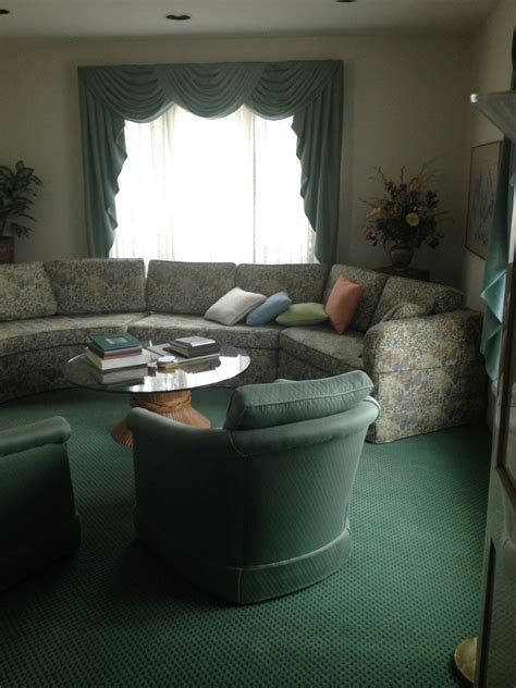 ideas for living room with green carpet bottle dark green carpet living room ideas thecreativescientist com