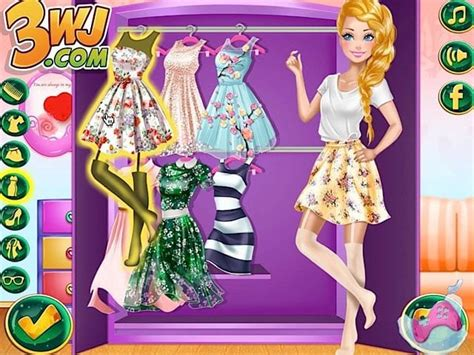 Barbies Closet by Play S Closet Makeover For Free At Pomu