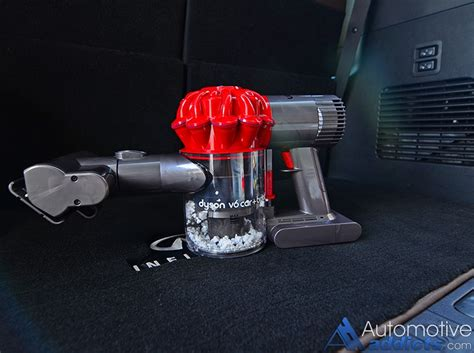 dyson v6 car and boat review review dyson s new v6 car boat handheld vacuum is a