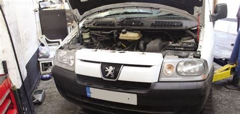 peugeot expert gearbox how to change a clutch on a peugeot expert professional