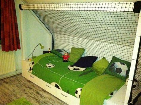 luxe slaapkamer slaapkamer idee 235 n jongenskamer voetbal voetbalkamer google kinderkamer