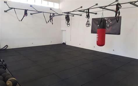 pavimento antiurto scopri il pavimento antitrauma per il crossfit e il fitness