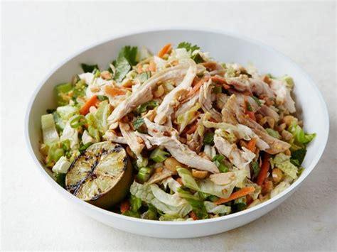Lezat Sekejap 30 Salad Asia chicken salad with chile peanut dressing recipe bobby flay food network