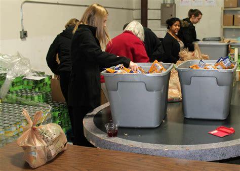 St Louis Food Pantry Volunteer Opportunities by Local Food Bank Hosts Volunteer Happy Hours To Spread