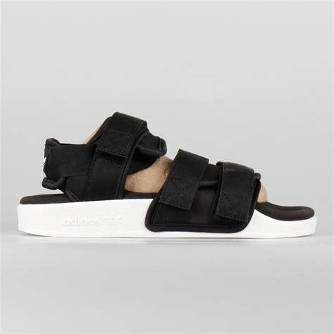 adidas sandal m3wga4x2 discount adilette adidas sandals