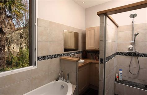 controsoffitto per bagno lavori in cartongesso in bagno soluzioni speciali per un