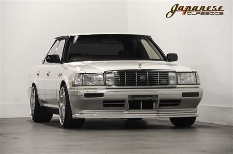 Crown Curtains Japanese Classics 1990 Toyota Crown Royal