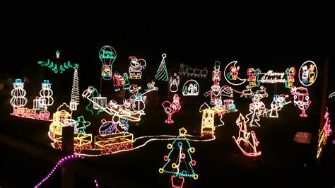 file godshill old world tea rooms christmas lights 2 jpg