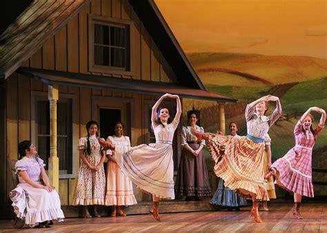 oklahoma musical hairstyles oklahoma musical hairstyles theater review oklahoma lyric