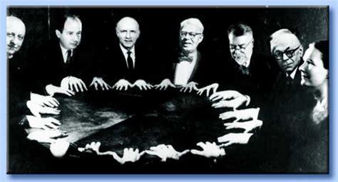 seduta spiritica l occultismo nel mondo moderno e nella massoneria