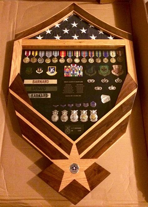 62 best shadow boxes and display cases images on pinterest best 25 military shadow box ideas on pinterest