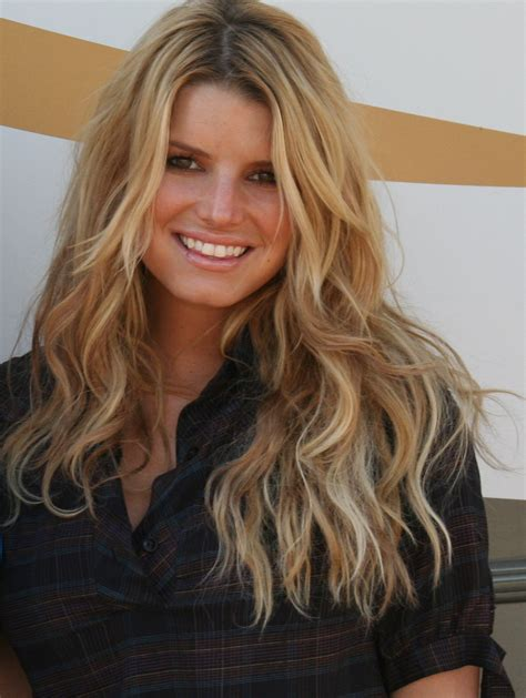 is jessica simpson a natural blonde jessica simpson shocked her system with a new diet
