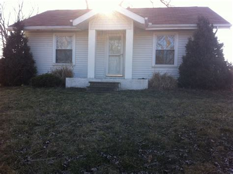 houses for rent in battle creek house for rent in 56 south 31st street battle creek mi