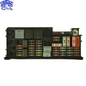 rear right fuse relay box x164 w164 gl450 gl320 gl550 ml320 ml350 ml550 2008 08 chop shop
