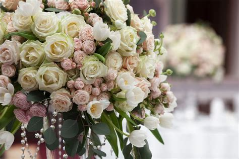 wedding flower arrangements photos don t toss your wedding flowers them mnn