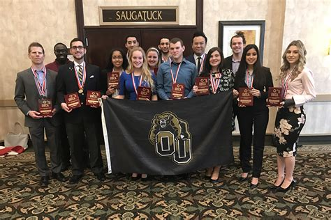Oakland Mba Program by Oakland Deca Team Qualifies For International Competition