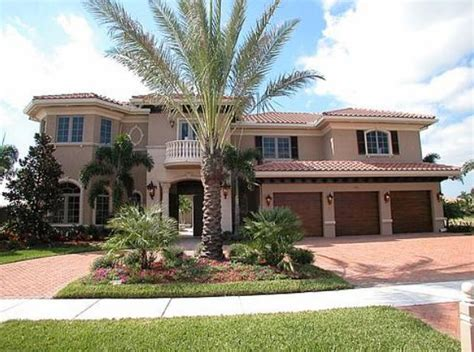tours and photos of the houses in florida