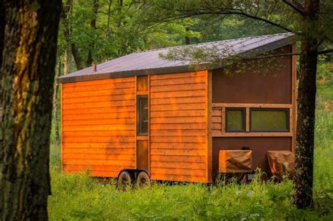 Small Homes Escape Tiny House Town The Travler Tiny House From Escape Homes