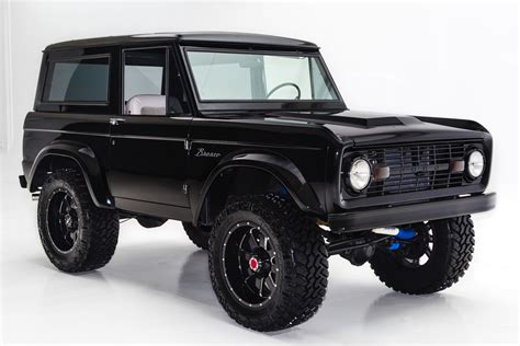 bronco car lifted 1977 ford bronco jet black bronco 302 lifted