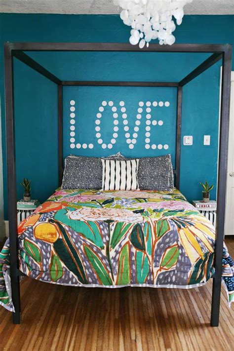 how to decorate your bed 25 ideas to decorate your walls a beautiful mess