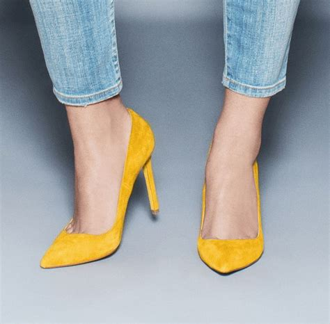mustard colored shoes the 25 best mustard shoes ideas on chunky