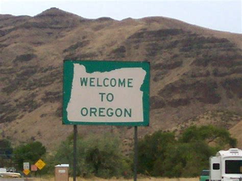 Or Wiki File Oregon Welcome Sign Jpg