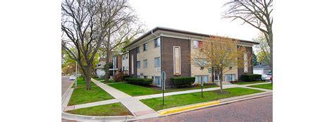 Oak Park Appartments by 133 Rockford Ave Properties Oak Park Apartments