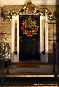 Christmas Front Door Decorating Ideas Christmas Decorating Tips To Enhance Your Holiday Season
