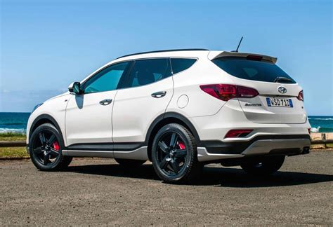2016 Hyundai Santa Fe by 2016 Hyundai Santa Fe Series Ii On Sale In Australia From